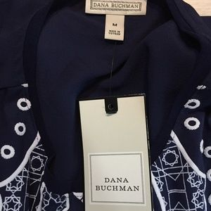 Dana Buchman Tops - ❣️ Dana Buchman Women's Blue Geometric Tank M NWT